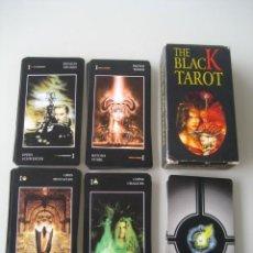 Barajas de cartas: THE BLACK TAROT. FOURNIER 1998. Lote 211971280