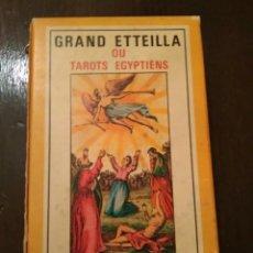 Barajas de cartas: GRAND ETTEILA OU TAROTS EGYPTIENS - GRIMAUD CARTOMANCIE - 1970. Lote 216695632