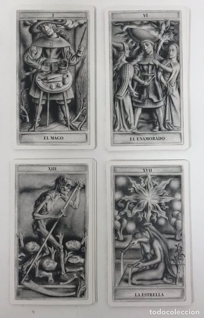 Barajas de cartas: TAROT SIGLO DE ORO ILUSTRADOR JAVIER SERRANO IDEA M. PACHECO Y V. BRAOJOS 22 NAIPES - Foto 2 - 217903733