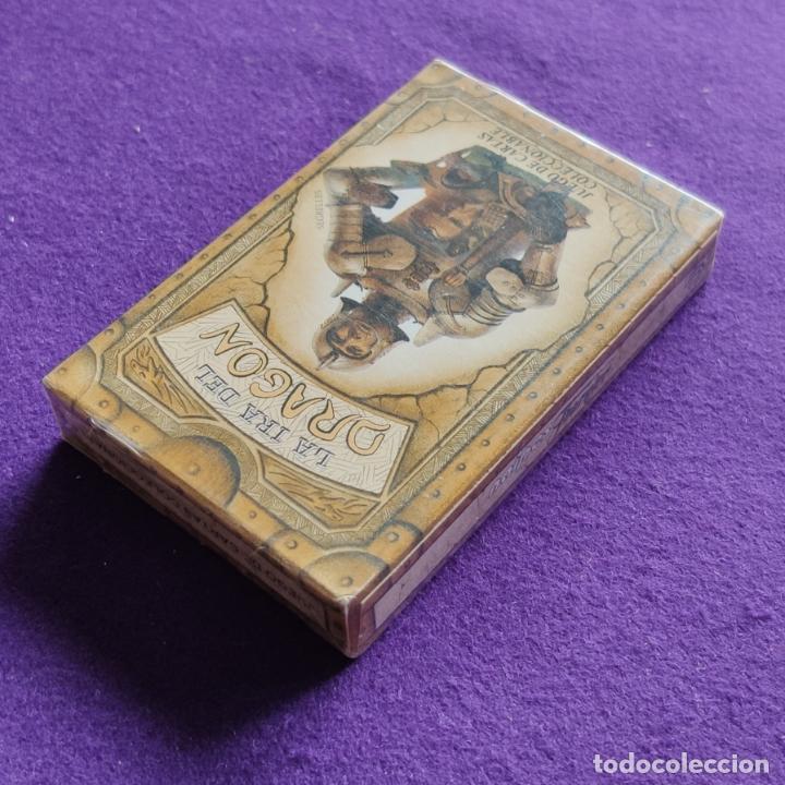 Barajas de cartas: BARAJA INFANTIL FOURNIER. LA IRA DEL DRAGON, SEPIA. 50 CARTAS. PRECINTADA. - Foto 4 - 218913452
