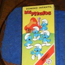 Barajas de cartas: BARAJA INFANTIL LOS PITUFOS EL JUEGO DEL DOMINO,NUEVAS Y SIN USO.DE FOURNIER 1983. Lote 219133783