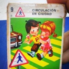 Barajas de cartas: FOURNIER CIRCULACIÓN EN CIUDAD 1972 CARTAS EN EL INTERIOR PERFECTAS. Lote 222900847