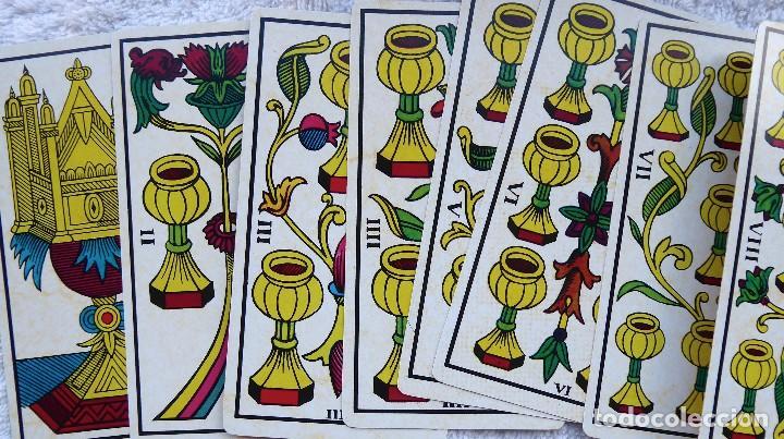 Barajas de cartas: BAR-2. DIVINATION TAROT. REPRODUCCIÓN TAROT SIGLO XVIII. 78 CARTAS. NUEVAS. POR ESTRENAR. - Foto 9 - 223870756