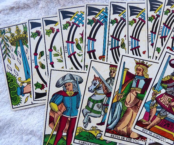 Barajas de cartas: BAR-2. DIVINATION TAROT. REPRODUCCIÓN TAROT SIGLO XVIII. 78 CARTAS. NUEVAS. POR ESTRENAR. - Foto 11 - 223870756