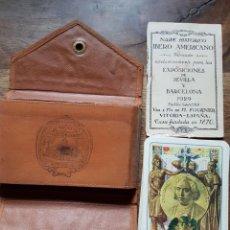 Barajas de cartas: FUNDA PIEL NAIPE HISTORICO HERACLIO FOURNIER EXPOSICION IBERO AMERICANA 1929. Lote 228905455