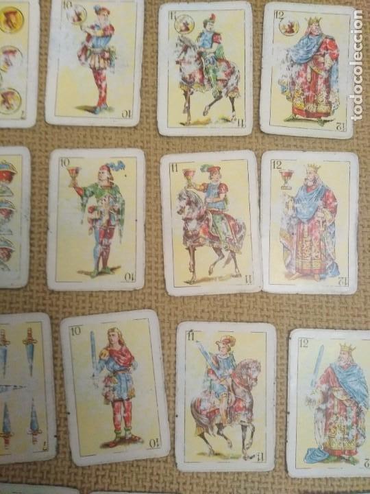 Barajas de cartas: Baraja y libro de solitarios Fournier - Foto 6 - 228981720