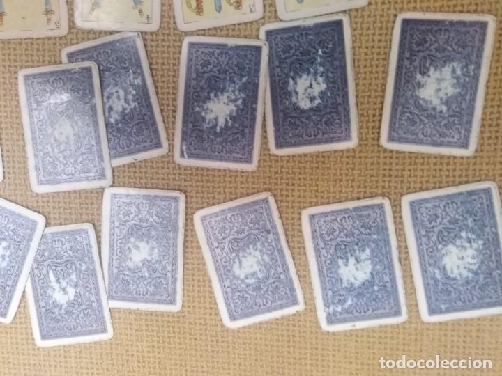 Barajas de cartas: Baraja y libro de solitarios Fournier - Foto 14 - 228981720