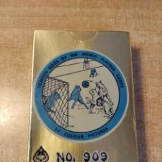 Barajas de cartas: FAMOUS DOGS OF THE WORLD PLAYING CARDS. BARAJA DE POKER DE 54 CARTAS. MADE IN HONG-KONG. PRECINTADA.. Lote 235273820