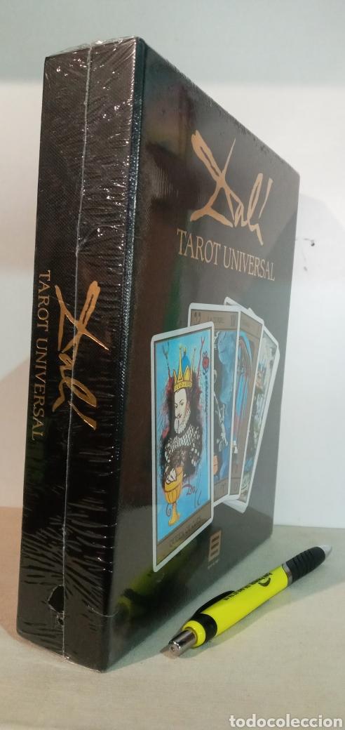 Barajas de cartas: ESTUCHE TAROT DE DALÍ. PACK CON 78CARTAS+LIBRO. - Foto 5 - 245781640