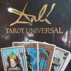 Barajas de cartas: ESTUCHE TAROT DE DALÍ. PACK CON 78CARTAS+LIBRO.. Lote 245781640