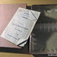 Barajas de cartas: ANTIGUA CAJA CARTON JUEGO NAIPES BARAJA REGLAS EL PINACLE 1945 HERACLIO FOURNIER SOPORTE PLASTICO. Lote 252553800