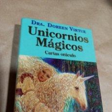 Barajas de cartas: UNICORNIOS MAGICOS CARTAS Y LIBRO GUIA ORÁCULO DOREEN VIRTUE. Lote 286270903