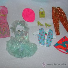Barbie y Ken: LOTE DE BARBIE - ROPA + BOLSO + SOMBRERO + ZAPATOS.. Lote 26516432