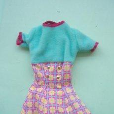 Barbie y Ken: BONITO VESTIDO DE LA BARBIE. Lote 22480678