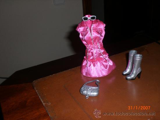 Barbie y Ken: BARBIE. CONJUNTO FASHION FEVER -VESTIDO,BOLSO,GAFAS Y BOTAS-NUEVOS - Foto 2 - 25156856