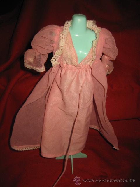 BARBIE CAMISON Y BATA (Juguetes - Muñeca Extranjera Moderna - Barbie y Ken - Vestidos y Accesorios)