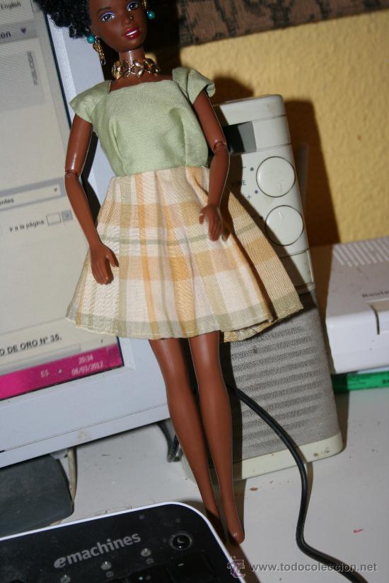 VESTIDO MUÑECA BARBIE MATTEL (Juguetes - Muñeca Extranjera Moderna - Barbie y Ken - Vestidos y Accesorios)