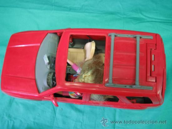 Barbie y Ken: Muñeca Barbie con coche - Foto 5 - 56859650