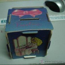Barbie y Ken: HUCHA BARBIE. Lote 33131400
