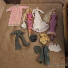 Barbie y Ken: MUÑECAS BARBI UNA ARTICULADA,Y Y LOTE DE VESTIDOS. ENVIO CERTIFICADO GRATIS¡¡¡. Lote 40000765