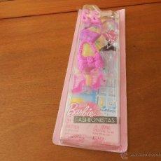 Barbie y Ken: ZAPATOS, BOLSOS Y ACCESORIOS BARBIE FASHIONISTAS MATTEL 2011. Lote 40639746
