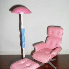 Barbie y Ken: MOBILIARIO DE BARBIE - BUTACA Y LAMPARITA - IDEAL TAMBIÉN PARA BLYTHE, SINDY, CHABEL, LICCA, ETC.. Lote 41160579