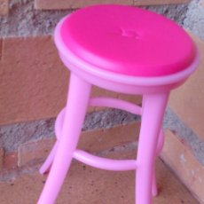 Barbie y Ken: SILLA ALTA TABURETE ROSA BARBIE ORIGINAL MATTEL 2009. Lote 49306423