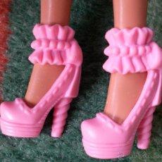 Barbie y Ken: ZAPATOS ROSAS ORIGINALES BARBIE. Lote 44059874
