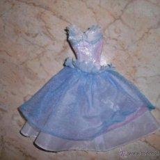 Barbie y Ken: PRECIOSO VESTIDO DE MUÑECA BARBIE ODETTE PELICULA LAGO DE LOS CISNES. Lote 47110590