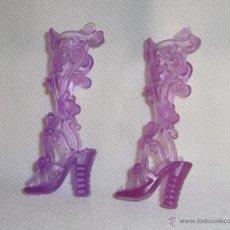 Barbie y Ken: ZAPATOS PARA BARBIE O SIMILAR. Lote 49418016