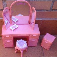 Barbie y Ken: MUEBLES BARBIE ORIGINAL, TOCADOR VANITY SWEET ROSES, AÑOS 80. Lote 49955911
