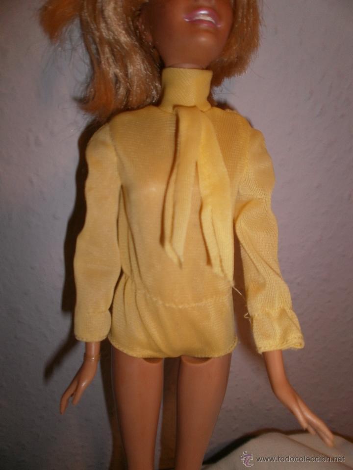 MONO DE PANTALÓN CORTO AMARILLO PARA BARBIE VINTAGE (Juguetes - Muñeca Extranjera Moderna - Barbie y Ken - Vestidos y Accesorios)
