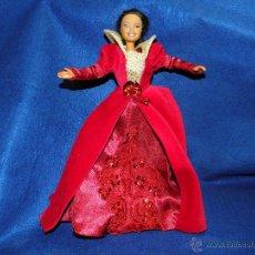 Barbie y Ken: VESTIDO PARA MUÑECA BARBIE. Lote 53982016