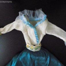 Barbie y Ken: BARBIE COLECCION VESTIDOS DEL MUNDO - RBA - MATTEL 2000 . Lote 57522674