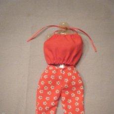 Barbie e Ken: ANTIGUO CONJUNTO DE BARBIE CON ETIQUETA.. Lote 57895784