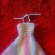 Barbie y Ken: PRECIOSO VESTIDO DE FIESTA MULTICOLOR PARA DE BARBIE AÑOS 80. Lote 57915437