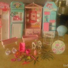 Barbie y Ken: BARBIE LOTE DE PIZZERIA,JARDINERÍA,HELADERA Y ACCESORIOS DE BARBIE,AÑOS 90. Lote 112851220