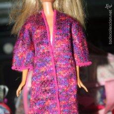 Barbie y Ken: ABRIGO MUÑECA BARBIE . Lote 59540531