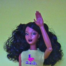 Barbie y Ken: BARBIE SO IN STYLE IT TAKES TWO - LOVE 2 SHOP CONJUNTO ORIGINAL 2010 - MUÑECA NO INCLUIDA. Lote 61618052