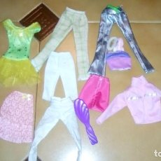Barbie y Ken: LOTE ROPA BARBIE. Lote 62359508