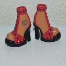 Barbie e Ken: PRECIOSOS ZAPATOS DE MUÑECA BARBIE CN1. Lote 68596533