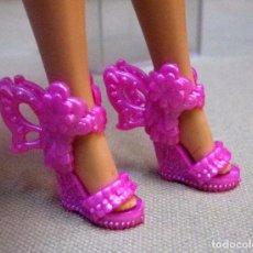 Barbie y Ken: COMPLEMENTO PARA MUÑECA BARBIE, ZAPATO. Lote 68811765