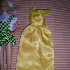 Barbie y Ken: VESTIDO ANTIGUO DE MUÑECA DISNEY. Lote 72824515
