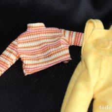 Barbie y Ken: MONO AMARILLO Y CAMISETA PARA BARBIE VINTAGE. Lote 84726680