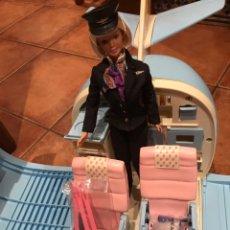 Barbie y Ken: LOTE BARBIE AVIÓN+BARCO+CASA+TIENDA DE CAMPAÑA+BARBIE COMANDANTE. Lote 85868798