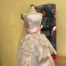 Barbie y Ken: LOTE BARBIE AVIÓN+BARCO+CASA+TIENDA DE CAMPAÑA+COCHE+30 BARBIES+100 VESTIDOS. Lote 86657399