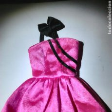 Barbie y Ken: LOTE 3 VESTIDOS DE MUÑECA BARBIE GENUINE,VER FOTOS. Lote 91014158
