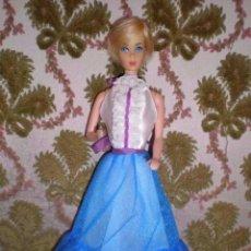 Barbie y Ken: ELEGANTE VESTIDO ORIGINAL DE BARBIE DEL AÑO 77. Lote 98526251