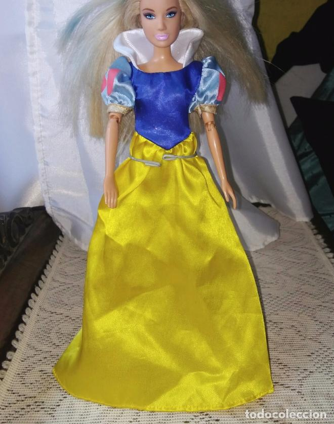 VESTIDO BLANCANIEVES MUÑECA BARBIE O SIMILAR. (Juguetes - Muñeca Extranjera Moderna - Barbie y Ken - Vestidos y Accesorios)