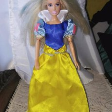 Barbie y Ken: VESTIDO BLANCANIEVES MUÑECA BARBIE O SIMILAR.. Lote 103844407